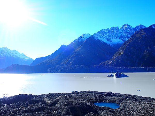 タスマン湖