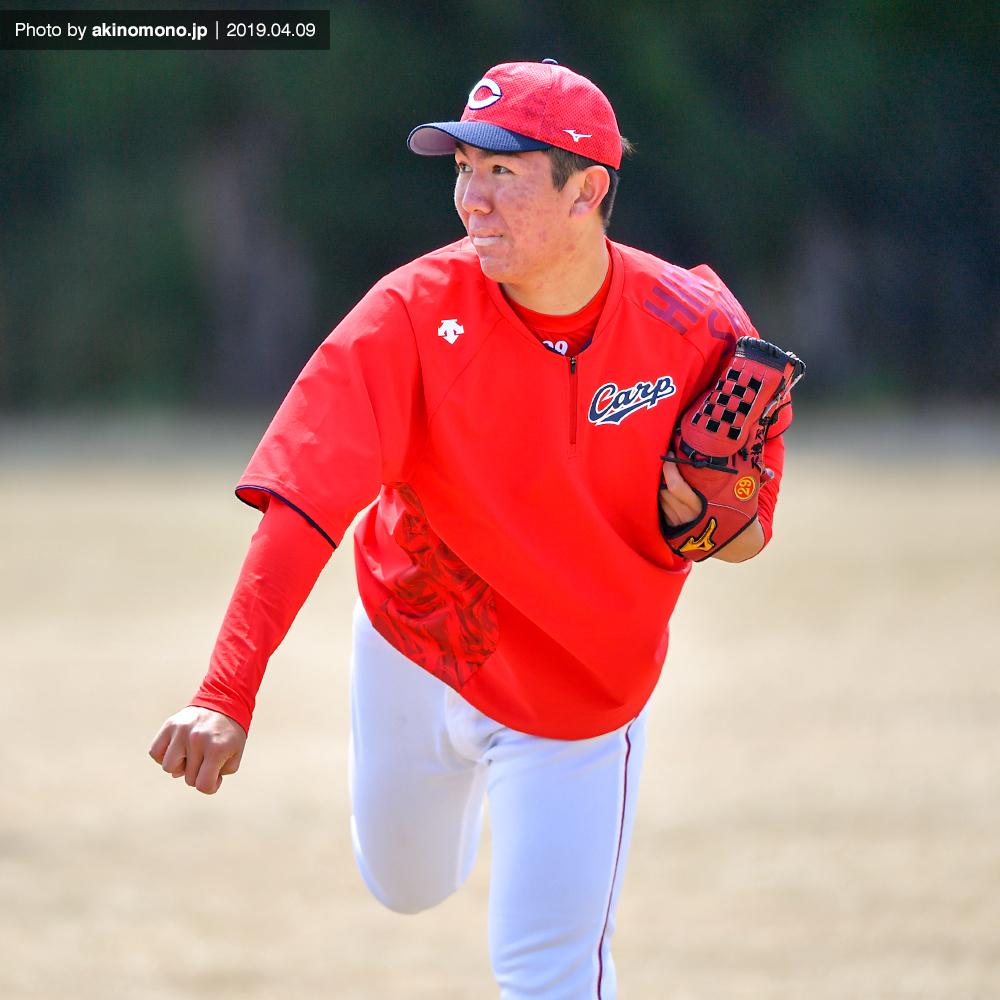 キャッチボールをするケムナ誠投手(2019・由宇)