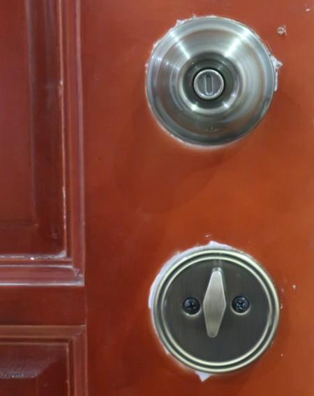 Double door key (1)