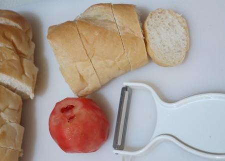 pealing tomato (1)