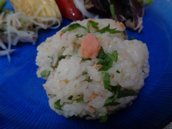 6/24 家食・鮭のおにぎり