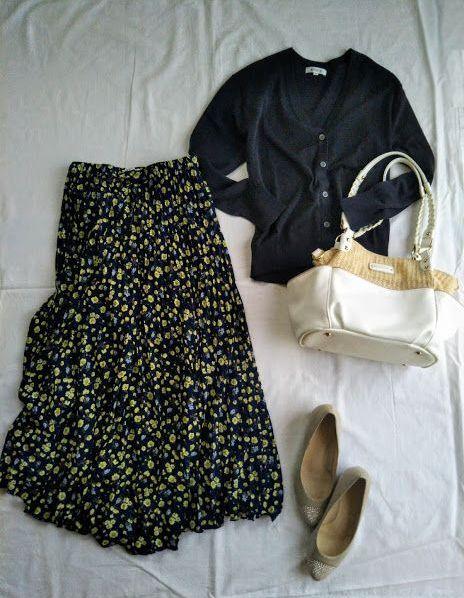 PLST UVカーディガンと花柄マキシスカート1