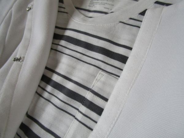 無印良品ボーダーTシャツ アンタイトル白ジャケット