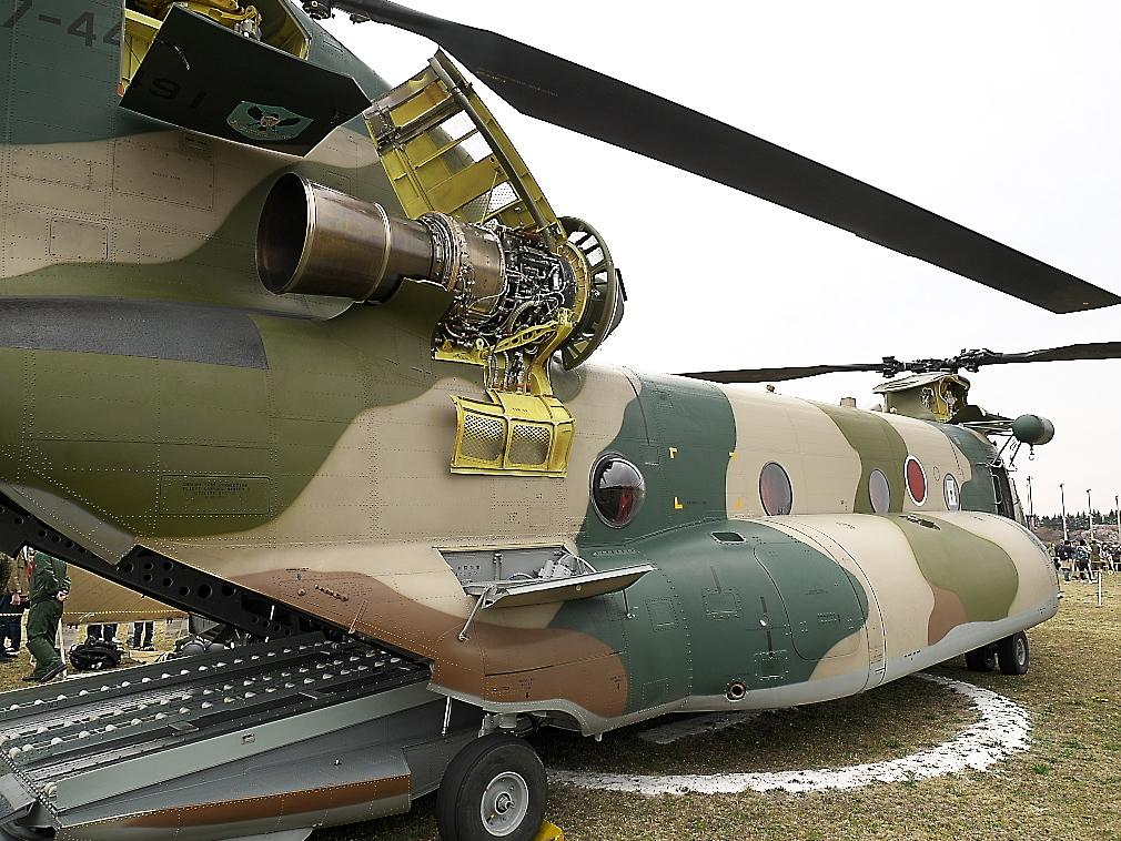 CH-47Jヘリ地上展示_6