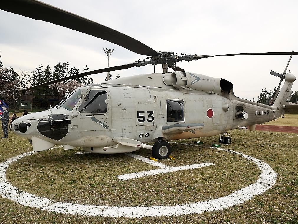 SH-60Kヘリ地上展示_4