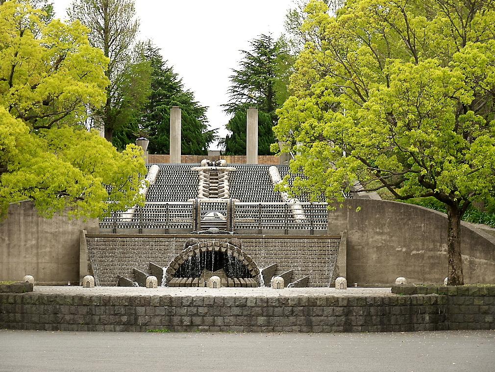 石のステージ~水の階段~世界の広場_1