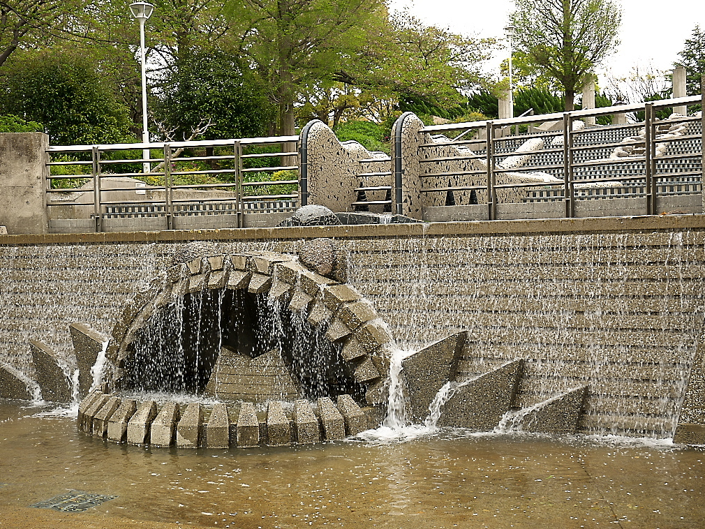 石のステージ~水の階段~世界の広場_2
