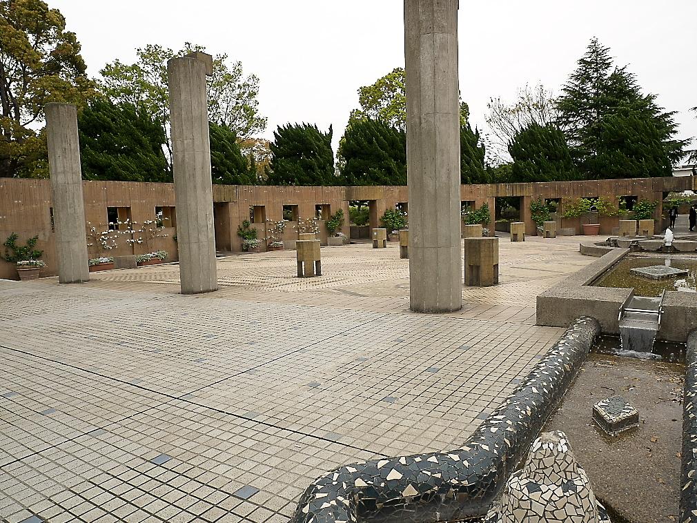 石のステージ~水の階段~世界の広場_12