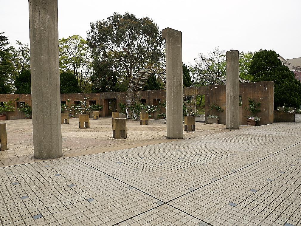 石のステージ~水の階段~世界の広場_13
