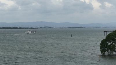 強い東風の琵琶湖(YouTubeムービー)