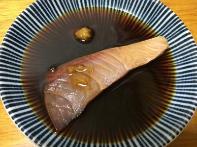 ワサビ醤油に漬けると脂がフッと拡がります