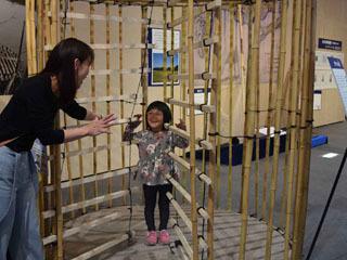 琵琶湖博物館の巨大タツベ展示