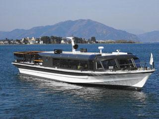 琵琶湖汽船の高速船「ランシング」