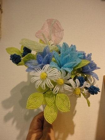 色違い創作花とマーガレットのブーケ①