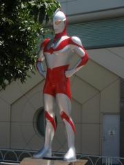 Ultraman_Soshigaya-Okura_station_2019061112395585d.jpg