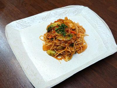 芽キャベツとベーコンのトマトスパゲッティ