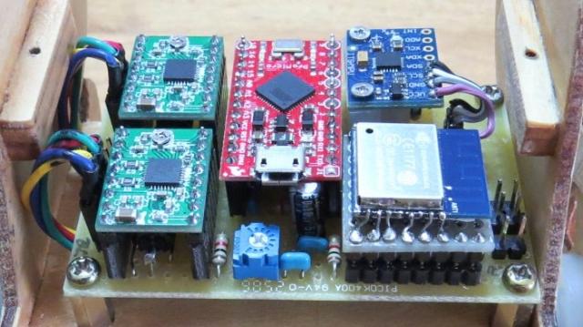 B-ROBOT_03.jpg