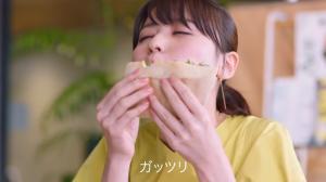 ウィルキンソン タンサン エクストラ CM 「WITH FOOD」編 矢島舞美03