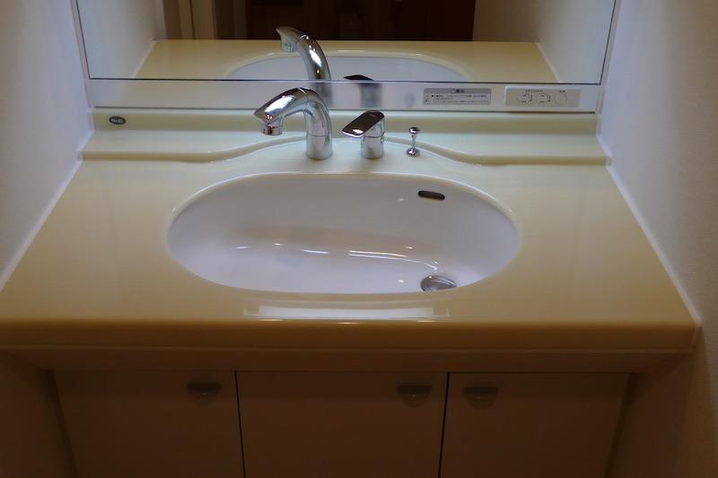 洗面台人工大理石の磨き・再生研磨後2