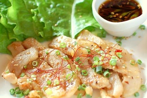 韓国風豚トロ辛味焼き3a