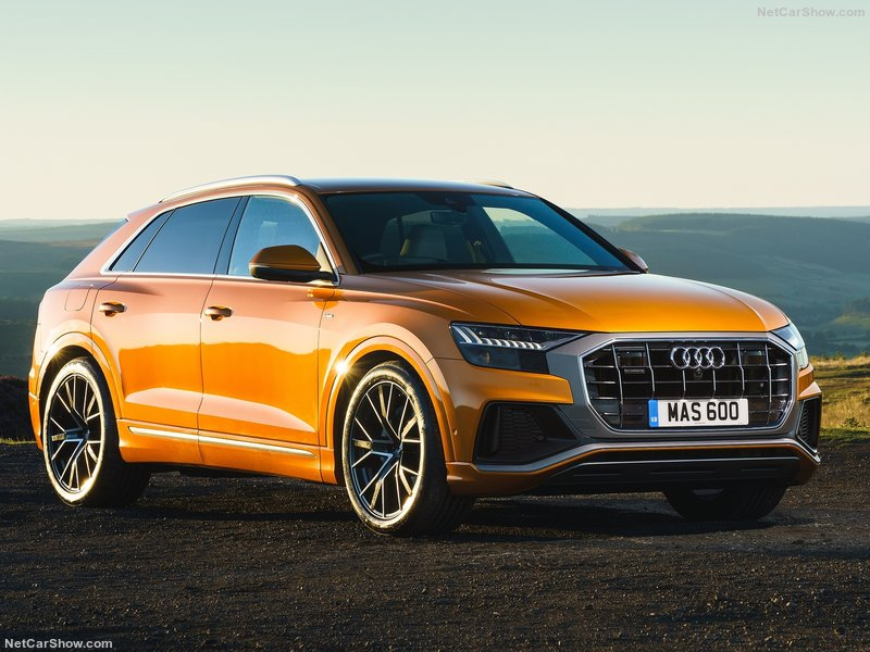 Audi-Q8_UK-Version-2019-800-05.jpg