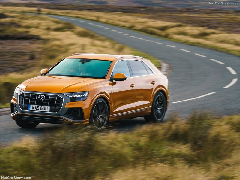 Audi-Q8_UK-Version-2019-800-1a.jpg