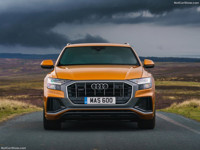 Audi-Q8_UK-Version-2019-800-38.jpg