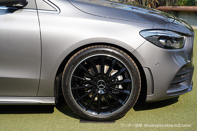 MercedesBclass18.jpg