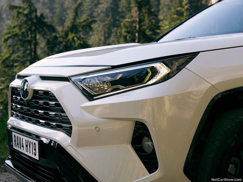Toyota-RAV4_Hybrid_EU-Version-2019-800-81_2019041618045935a.jpg