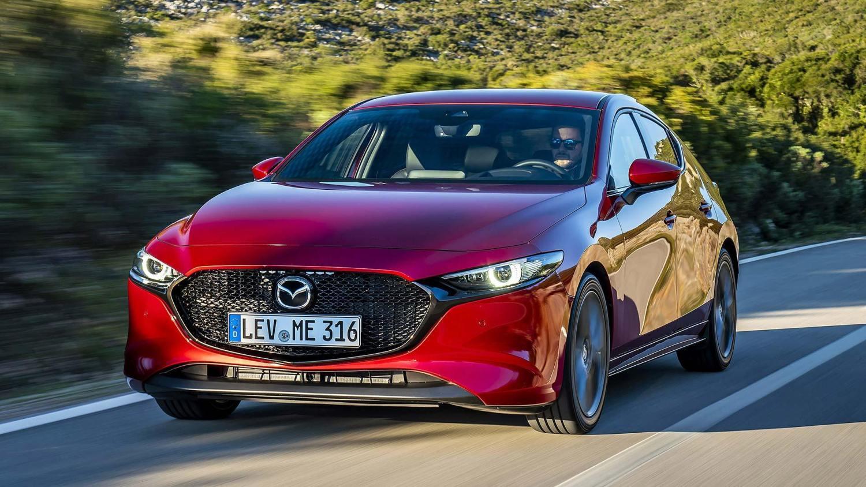 Mazda3_HB_SoulRedCrystal_Action-1.jpg