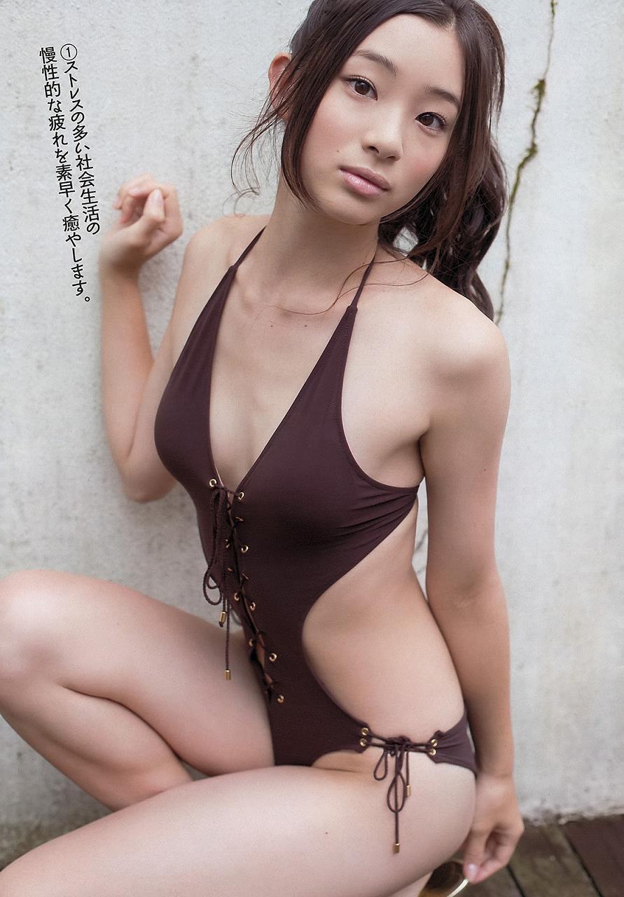adachi_rika035.jpg