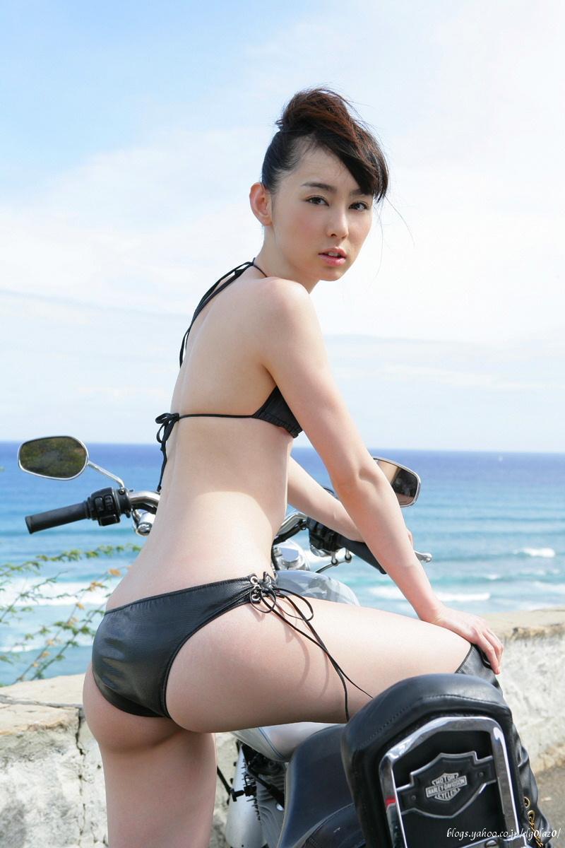 akiyama_rina126.jpg