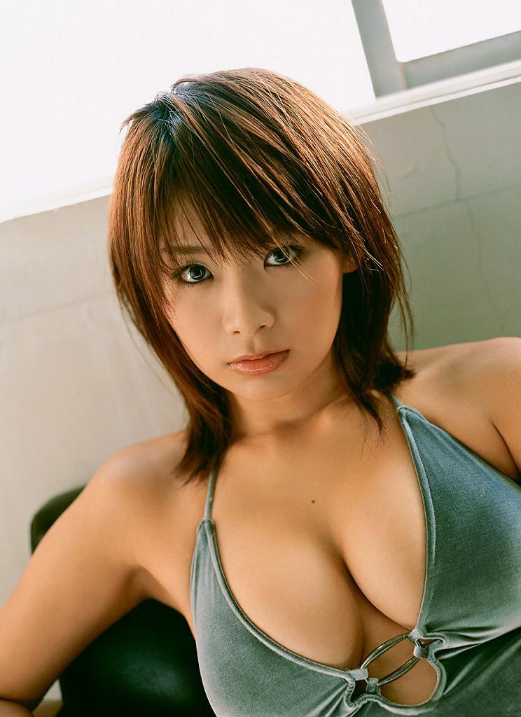 hotta_yuika122.jpg