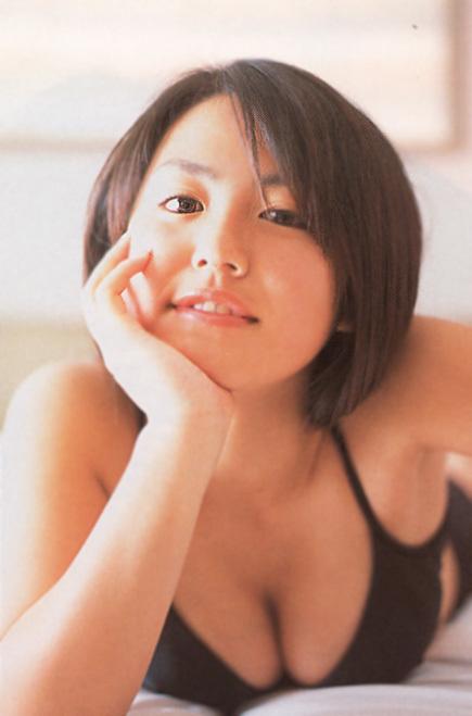 isoyama_sayaka126.jpg
