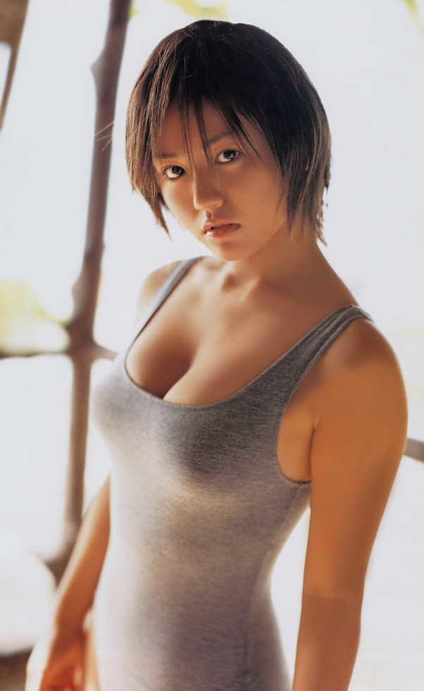 isoyama_sayaka127.jpg