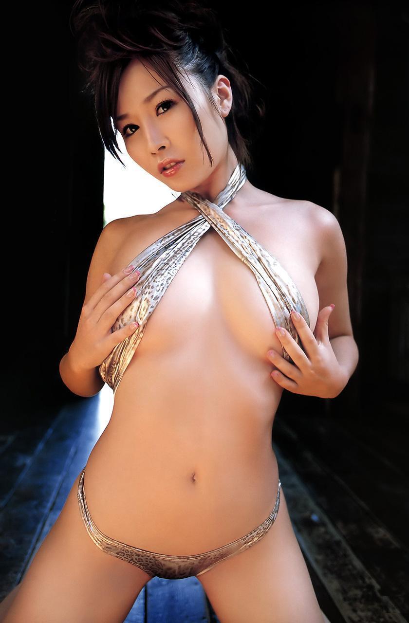 yoshimi_iyo158.jpg