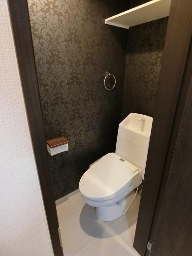 尻手新築アパート1階トイレ