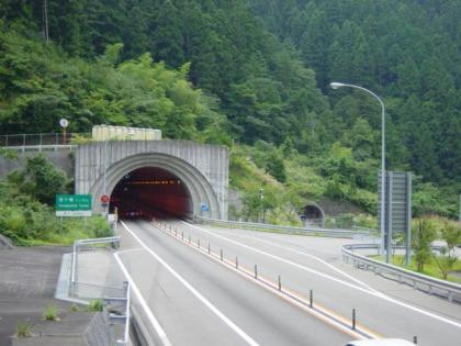 笹ヶ峰トンネル01