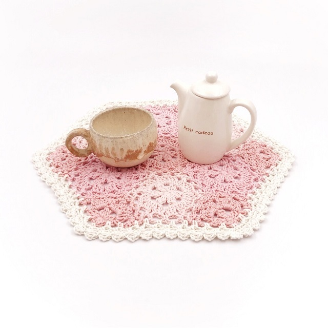 手編み雑貨 HanahanD モチーフ繋ぎ 花 コットン ドイリー ピンク