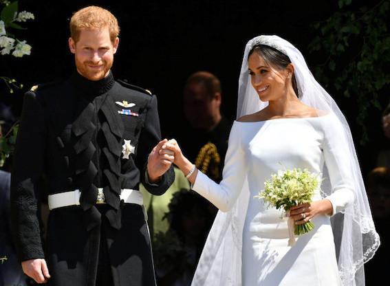 ヘンリー王子と米国女優メーガンマークル挙式