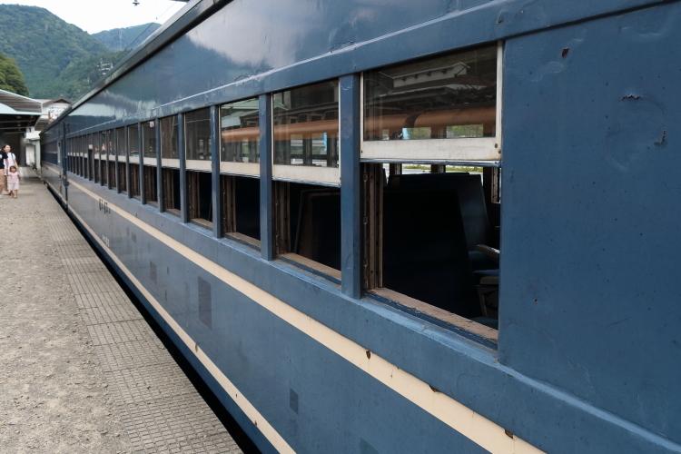 SL客車S
