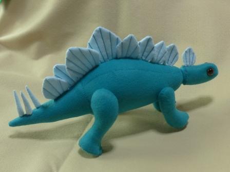 フェルトの恐竜 ステゴサウルス 2