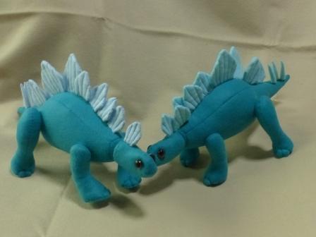 フェルトの恐竜 ステゴサウルス 6
