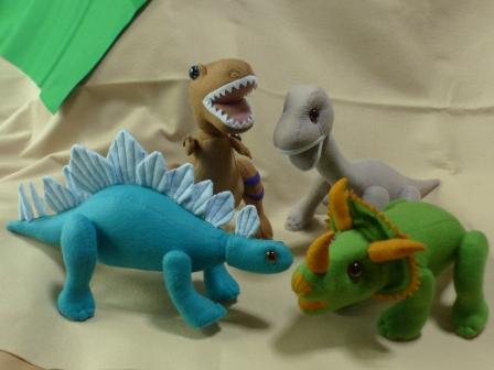 フェルトの恐竜 4種類