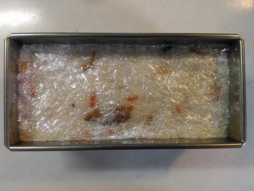 パウンドケーキ型で鯉のぼりの押し4