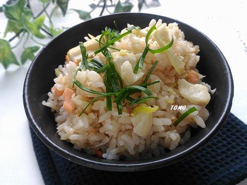 鮭とタケノコの炊き込みご飯