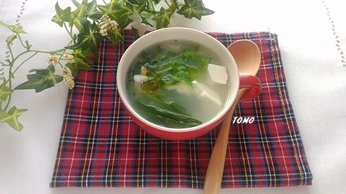 レタスとお豆腐の中華ブスープ
