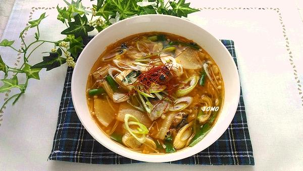 サバ水煮缶のキムチスープ