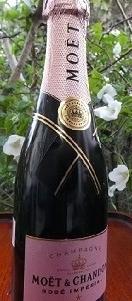 3 シャンパン