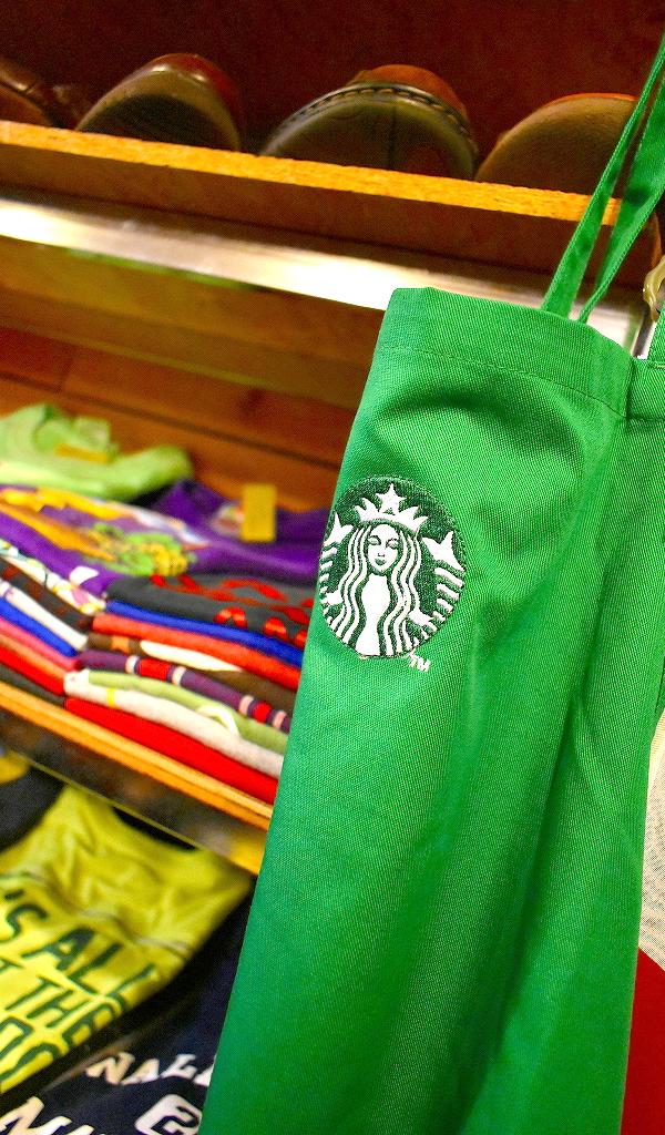 古着屋カチカチ店内画像Used Clothing Shop in Tokyo Japan